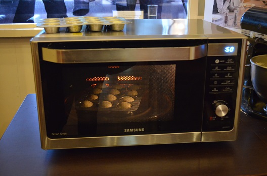 baking with smart oven