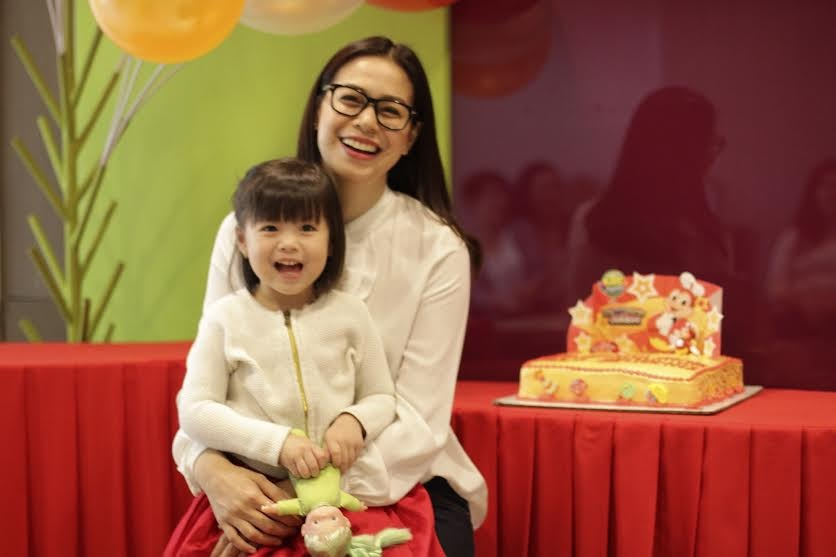 "The smile on Gummy's face during her moving up celebration at Jollibee is something Bettina Carlos would not trade the world for. ""Seeing my daughter happy, it's priceless,"" Bettina said."